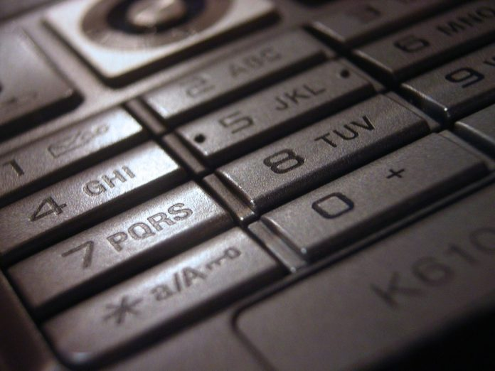 phone-2928304_1920