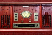 radio-647066_1280
