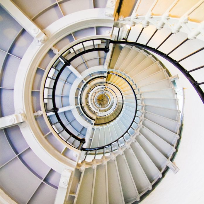 stairs-839307_1920
